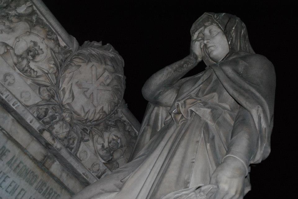 Cementerio Presbítero by Fotografía- Comunicaciones SBLM