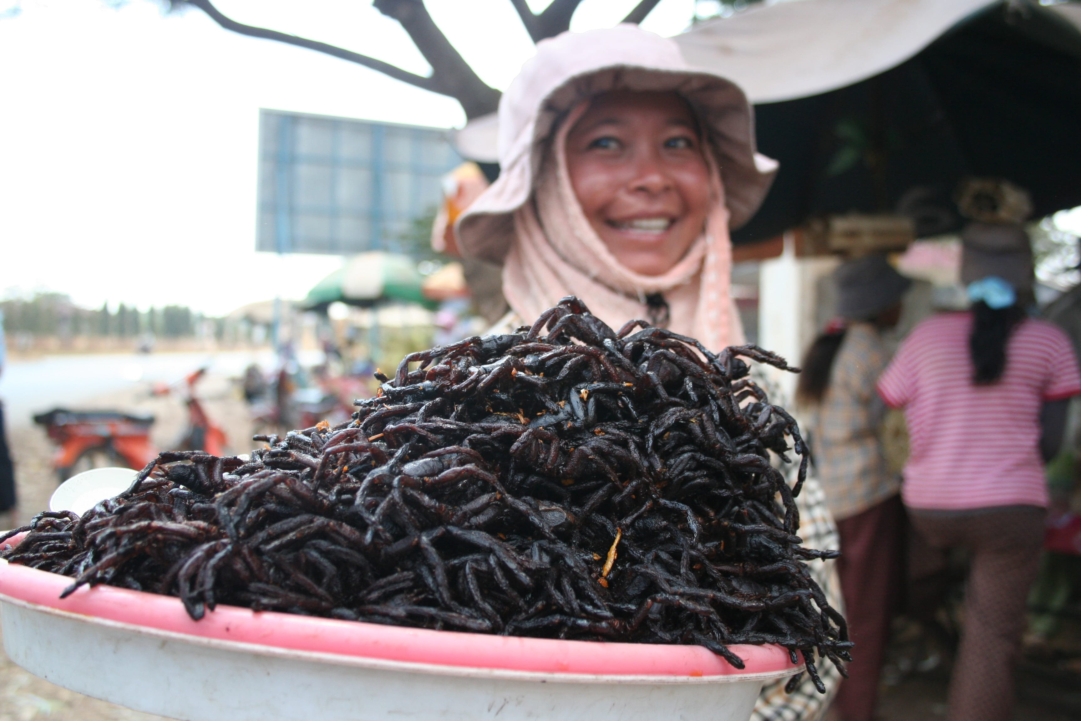 Eating Tarantula Spiders in Cambodia - Where and What In ...