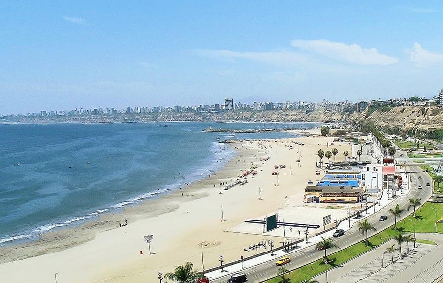 Panorama_of_Chorrillos,_Lima,_Peru-Skyline